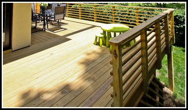 Horizontal Wood Deck Railing