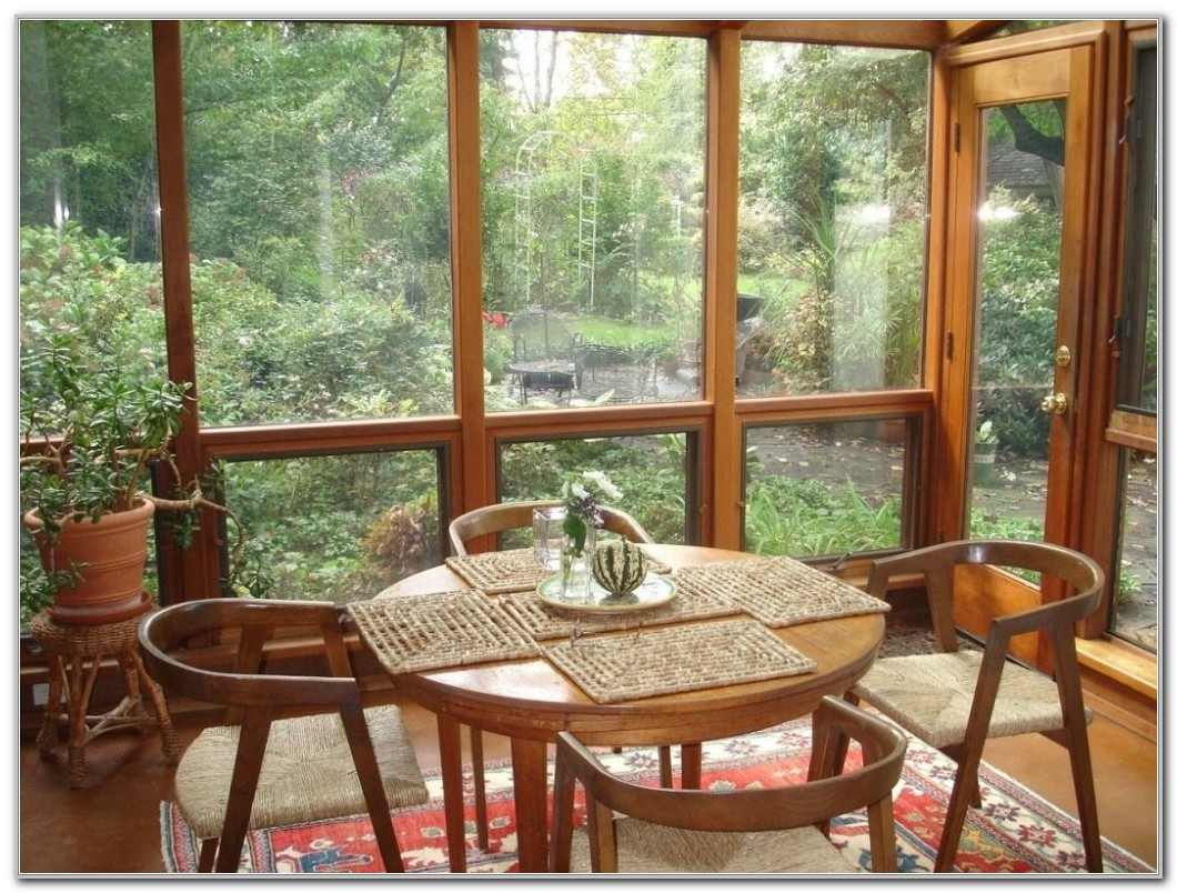 Furniture For A Small Sunroom Sunrooms Home Decorating