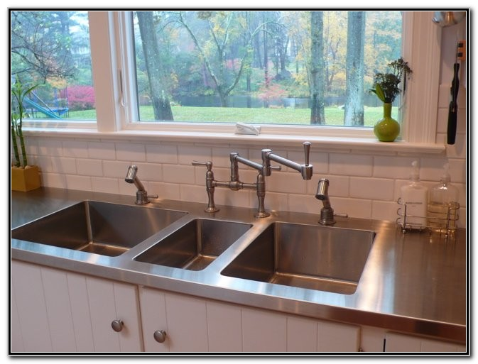 Stainless Steel Countertop With Integral Sink And