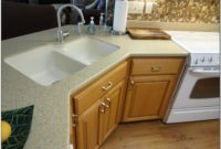 White Porcelain Undermount Double Kitchen Sink