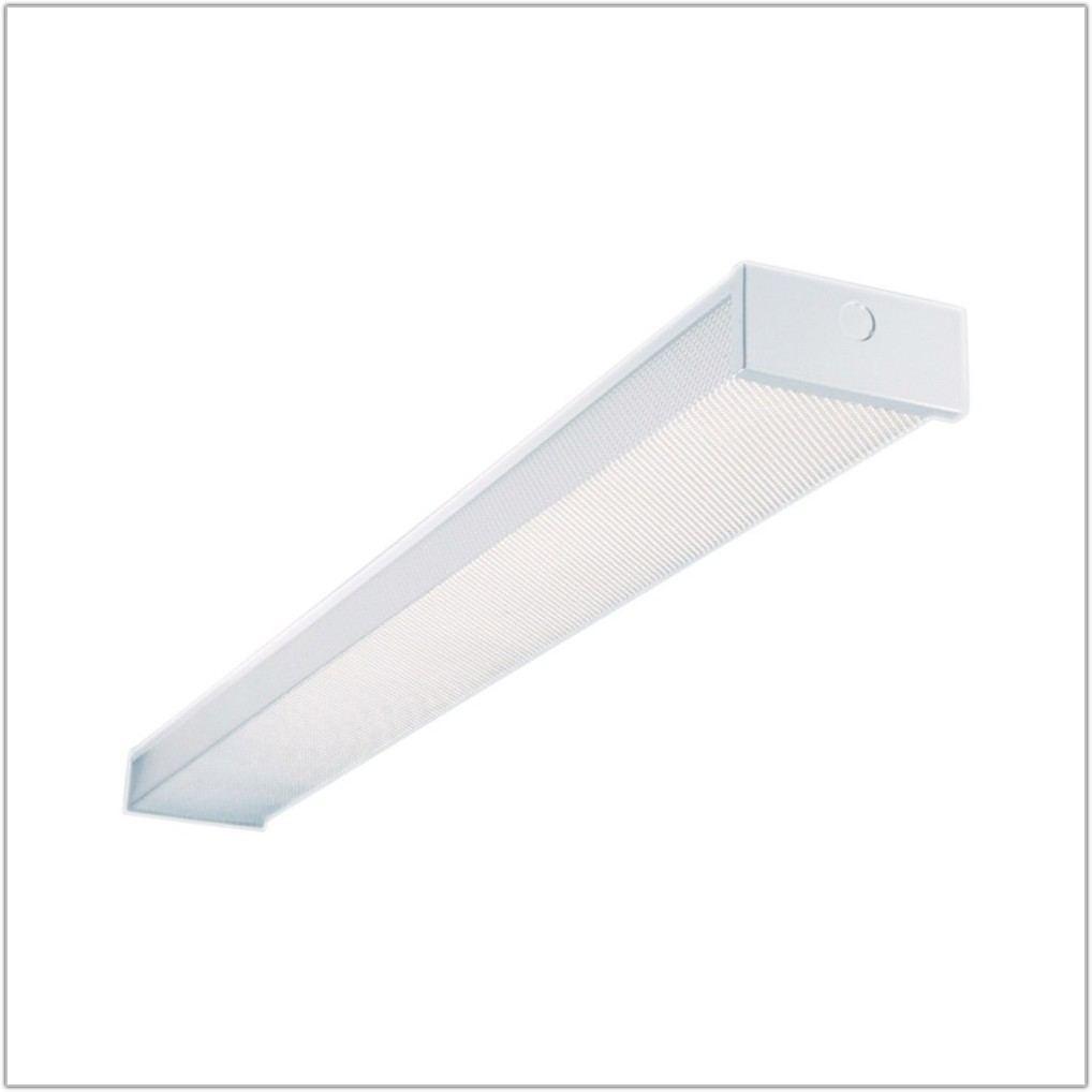 4 2 Lamp Fluorescent Light Fixture