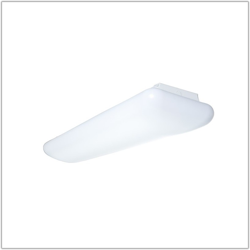 4ft 4 Lamp T8 Fixture
