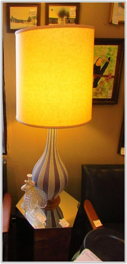 Mid Century Modern Atomic Table Lamp