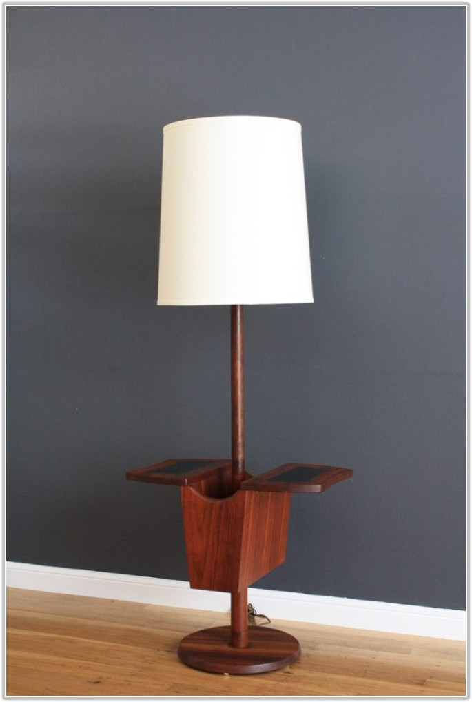 Mission Style Floor Lamp With Table