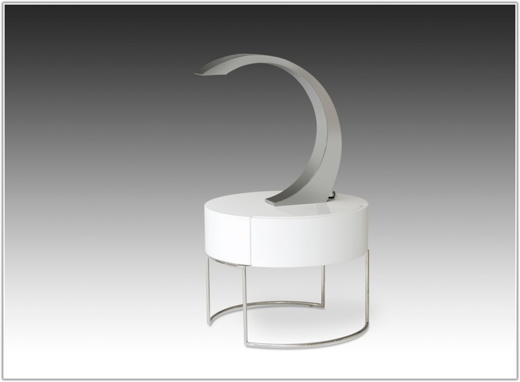 Modern Stainless Steel Table Lamps