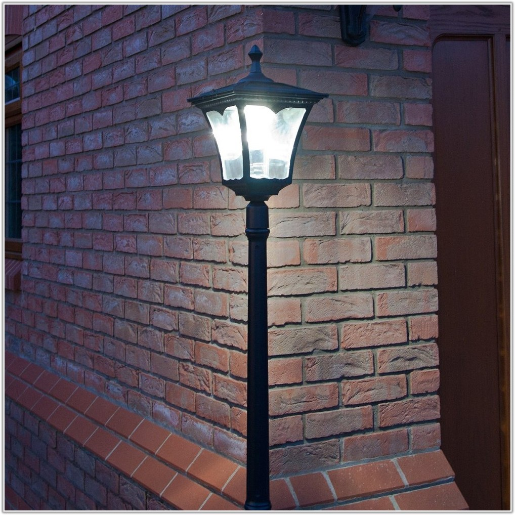 Plug In Outdoor Lamp Post