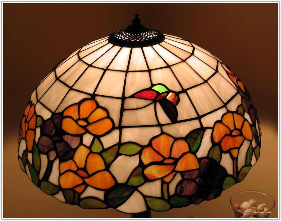 Red Stained Glass Lamp Shade