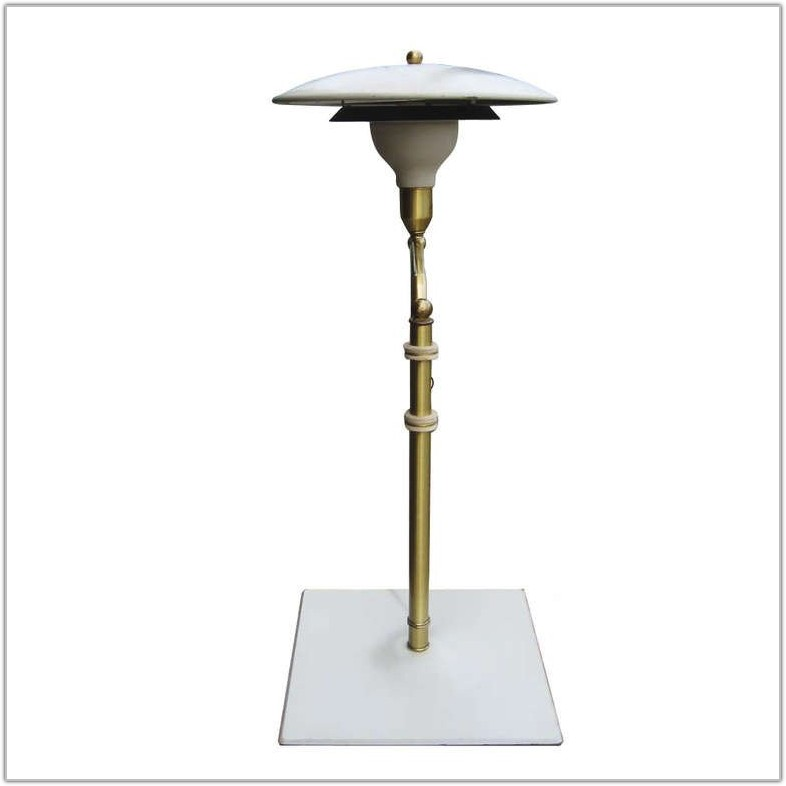 Swing Arm Desk Lamp With Shade