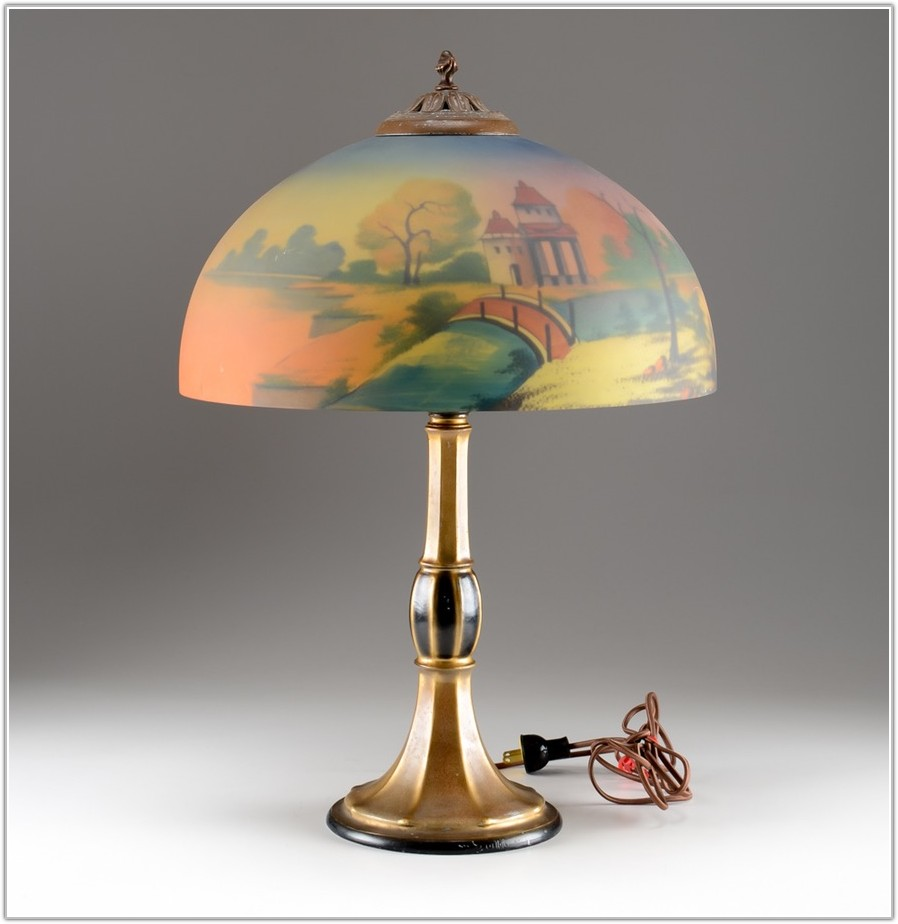 Table Lamp With Painted Glass Shade