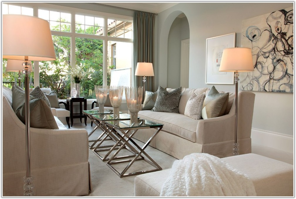 Traditional Living Room Floor Lamps