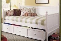 White Wood Daybed With Trundle