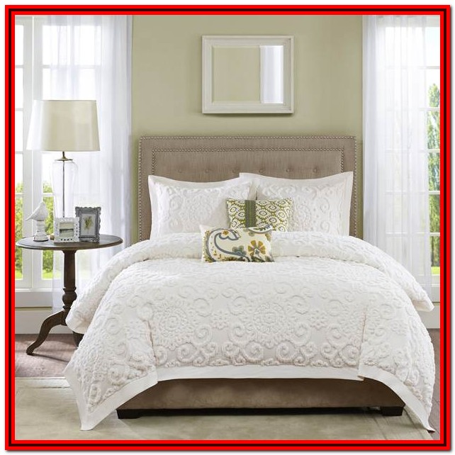 Full Size Bed Comforter White